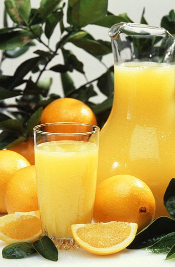 Orange juice is usually served cold.