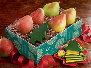 Comice Pears Plus Christmas Tree Cheddar