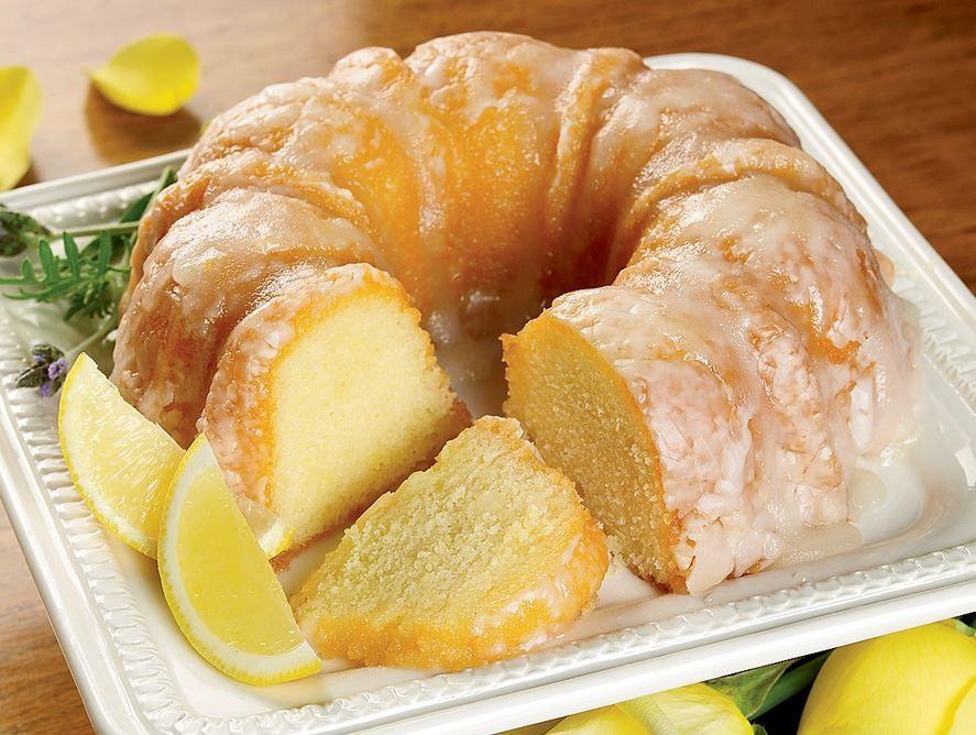 Yellow Rose Lemon Cake