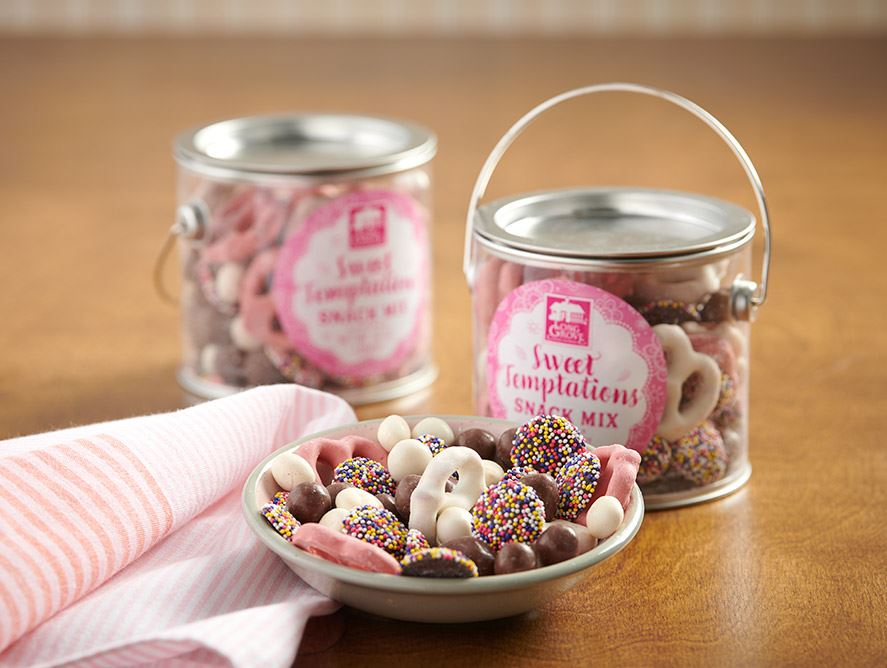 Sweet Temptations Snack Mix