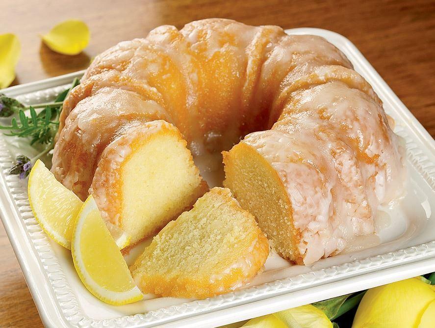 Yellow Rose Lemon Cake | Pittman & Davis